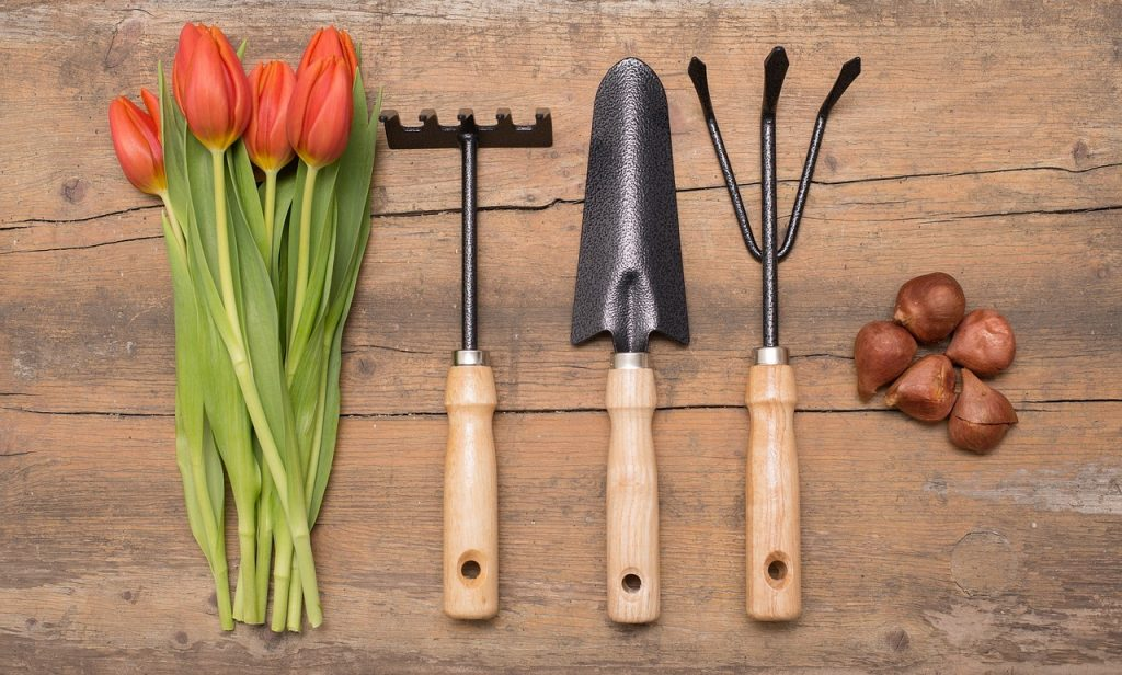 Gardens and their tools